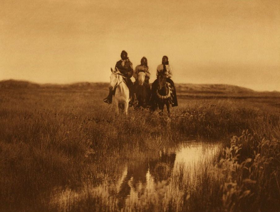 American Indians : In the Land of the Sioux.