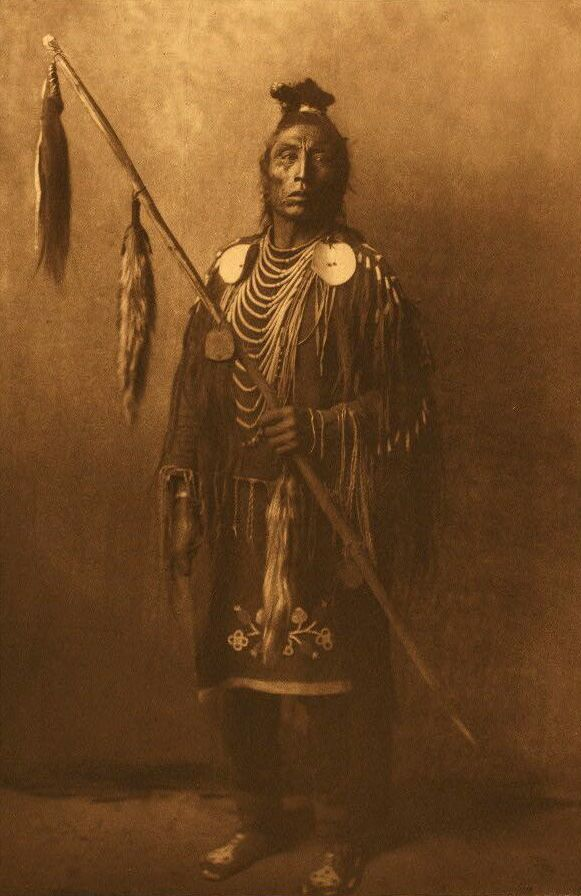 American Indians : Apsaroke War Chief.
