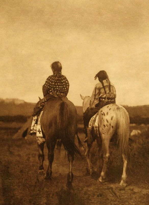 American Indians : Daughters of a Chief.