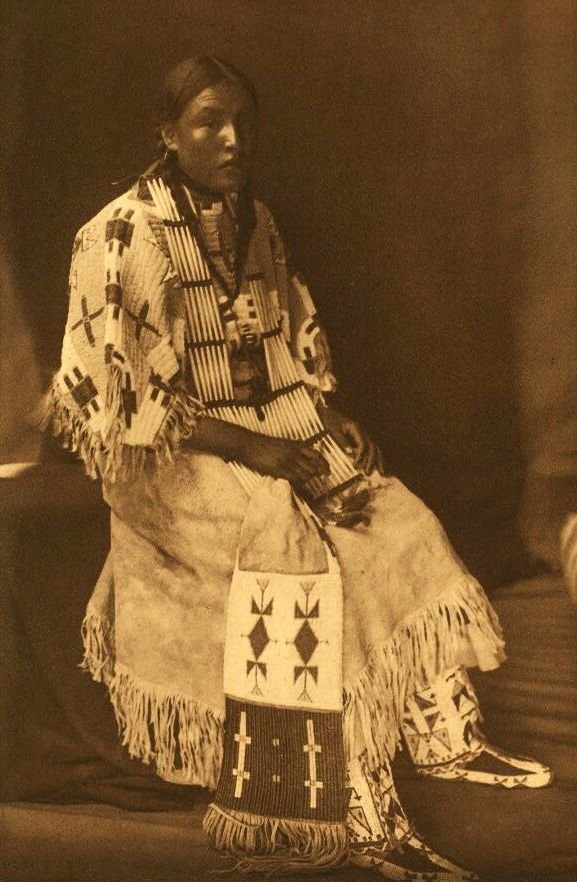 American Indians : Sioux Girl.