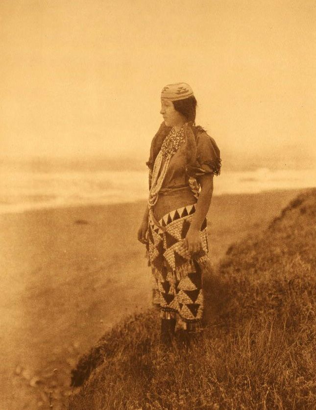 American Indians : Tolowa Womans Primitive Dress.