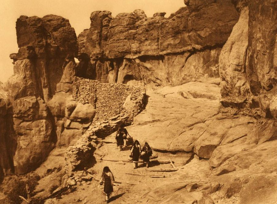 A Photograph of an Acoma Roadway.