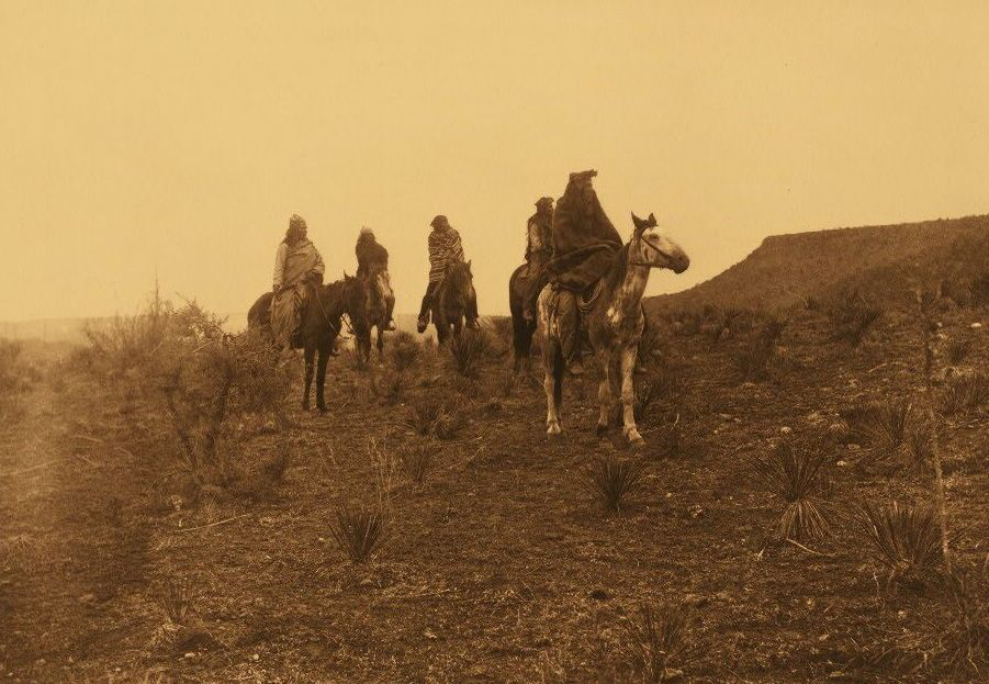 Photograph of Apache Desert Rovers.