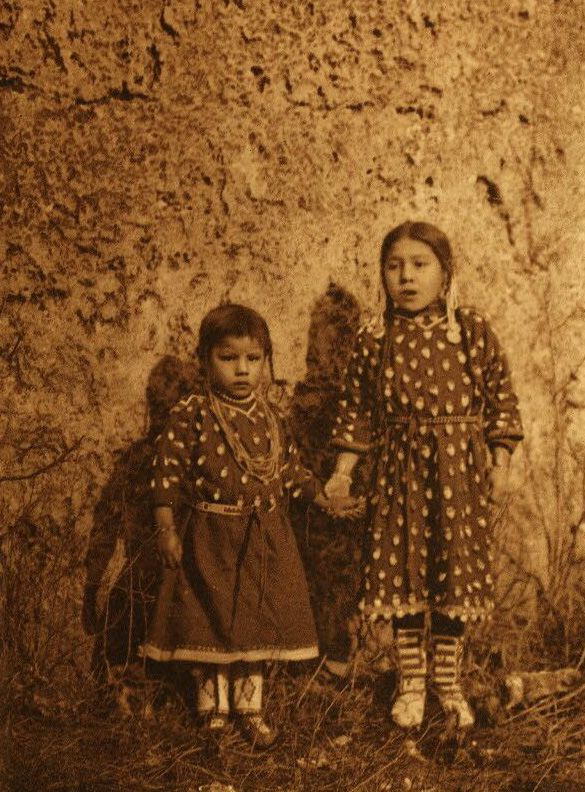 A Photograph of Apsaroke Sisters.