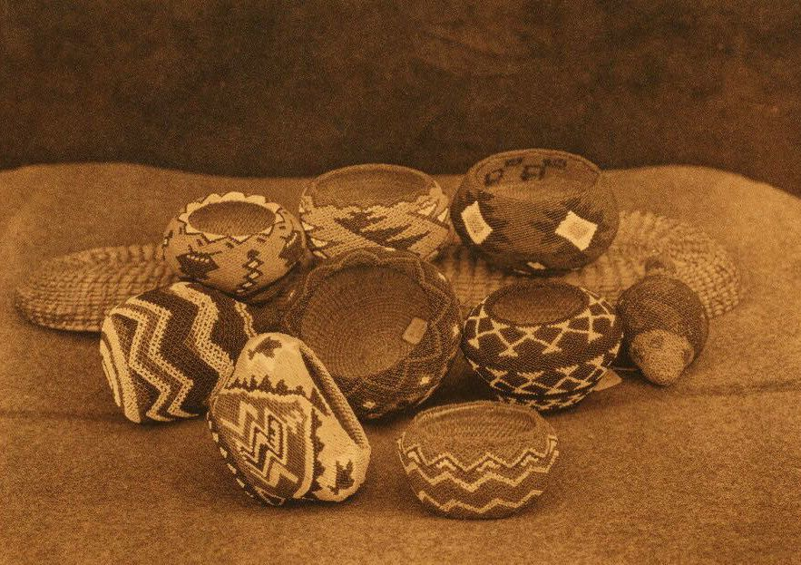 American Indian Pottery and Basketry : Modern Paviotso Beadwork.