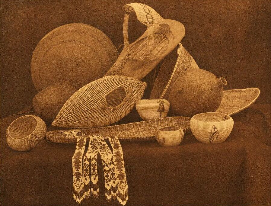 American Indian Pottery and Basketry : Paviotso Basketry.