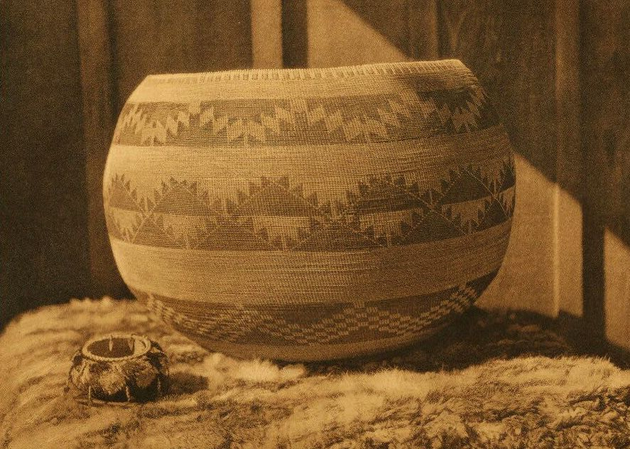 American Indian Pottery and Basketry : Pomo Baskets.