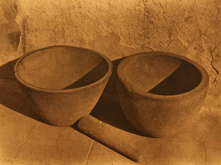 American Indian Pottery and Basketry : Sandstone Vessels from Santa Catalina Island.