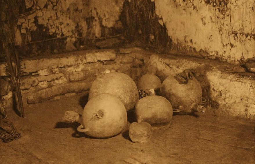 American Indian Pottery and Basketry : Snake Jars in the Kiva.