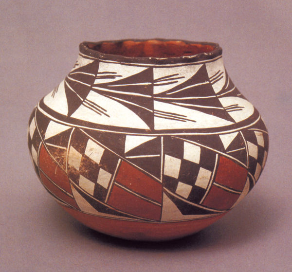 Acoma Storage Jar dated 1910-1920.