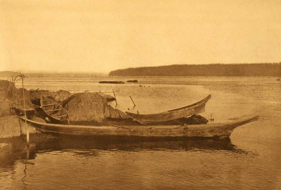 American Indian canoe photograph : Cowichan Canoes.