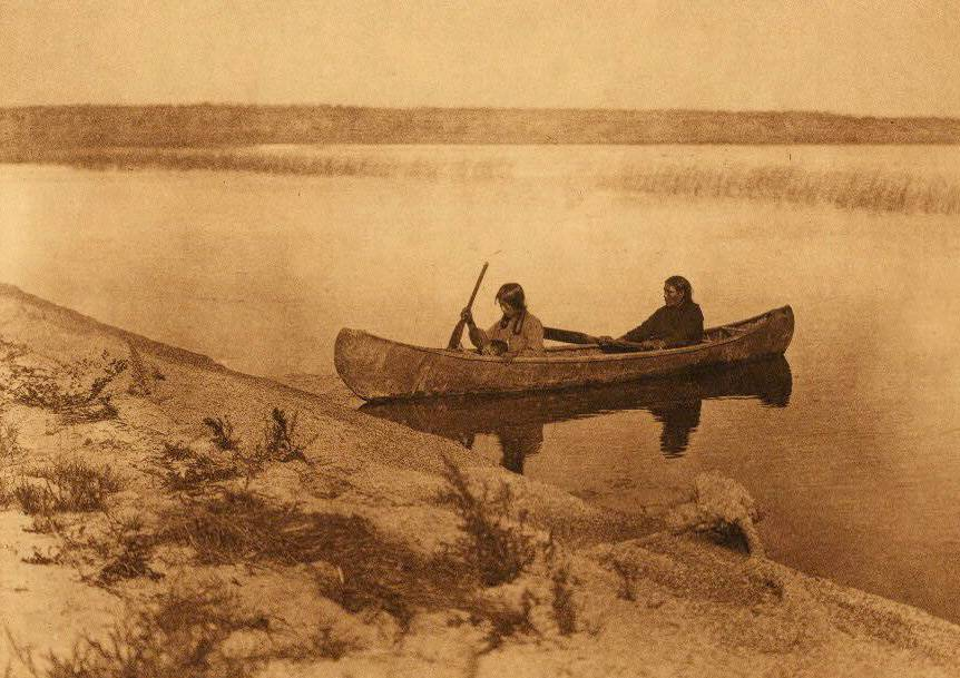 American Indian canoe photograph : Cree Landing.