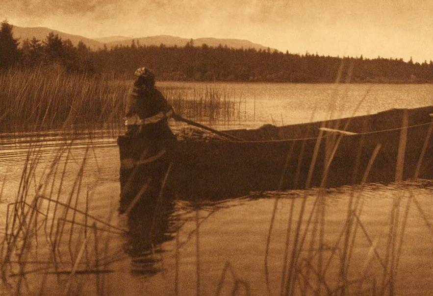 American Indian canoe photograph : Homeward Bound Cowichan.