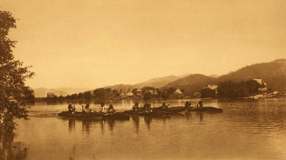 American Indian canoe photograph : Kalispel Indians Crossing The Pend d'Oreille.