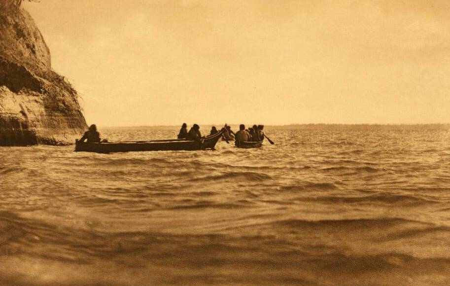 American Indian canoe photograph : Lower Columbia.