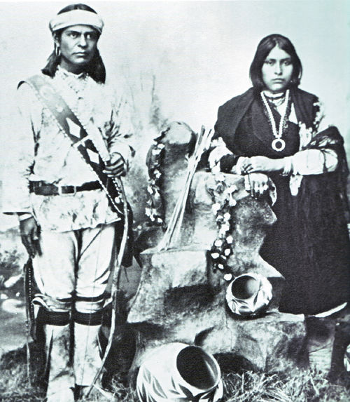 An old photograph of a Man and Woman of Laguna Pueblo.