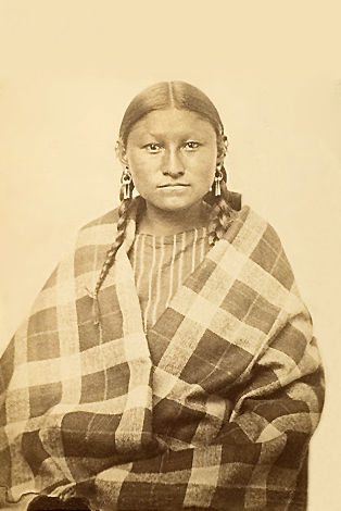 An old photograph of a Southern Cheyenne Woman.