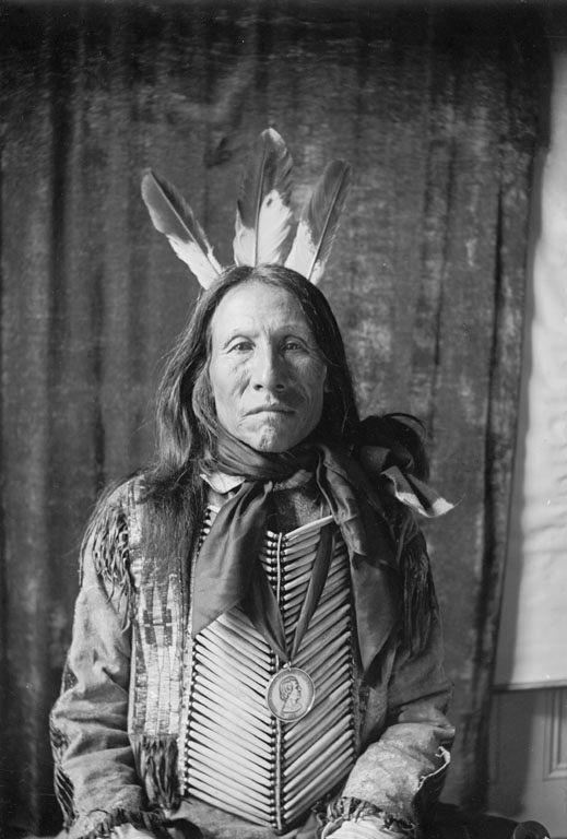 An old photograph of a Yanktonai Man 1904 [A].
