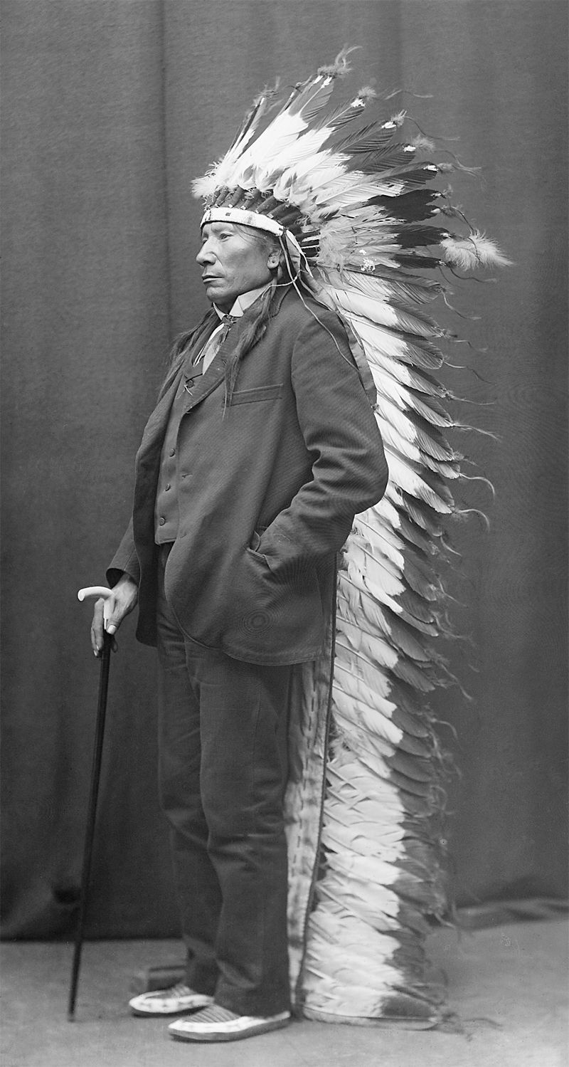 An old photograph of an Unidentified Native American [N].