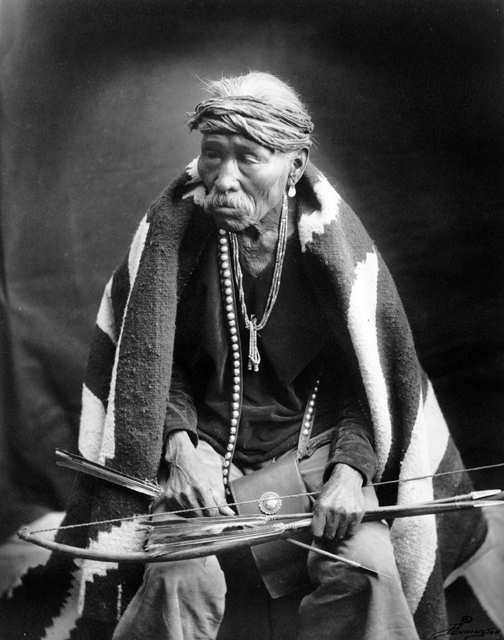 An old photograph of Be-zhosie - Navajo.