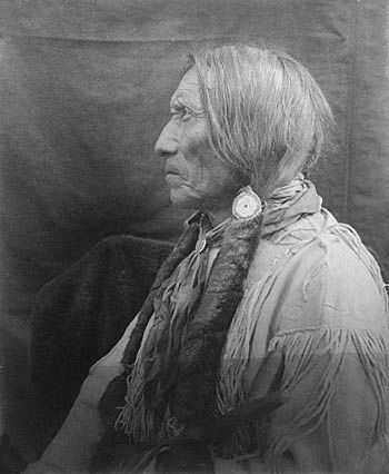 An old photograph of Big Horse - Southern Cheyenne 1909.