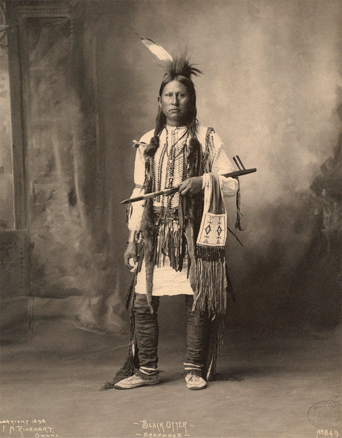 arapahoe black single men A large part of arapaho society was based around the warrior most young men worked to qualify for this rank after adopting use of the horse, the arapaho quickly became master horsemen and highly skilled at fighting on horseback.