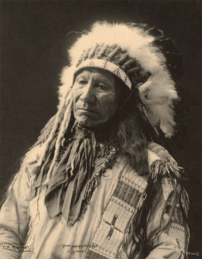 An old photograph of Chief American Horse - Oglala Sioux 1898 [C].