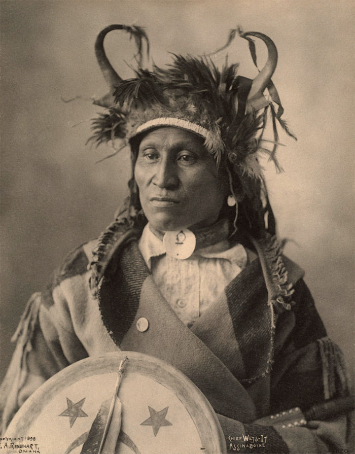 An old photograph of Chief Wets It - Assinaboine 1898.