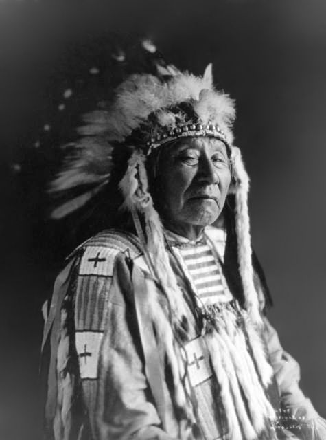 An old photograph of Crazy Head - Northern Cheyenne 1908.