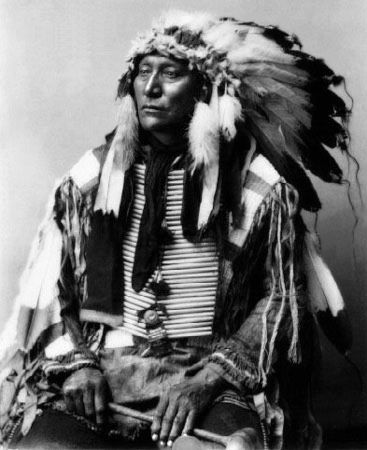 An old photograph of Hollow Horn Bear aka Mato He Oklogeca - Brule Sioux Chief 1898 [A].