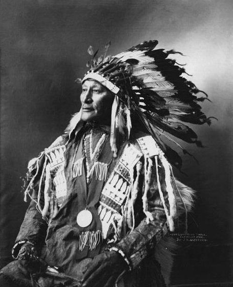 An old photograph of Iron Shell - Brule Sioux Chief 1900.