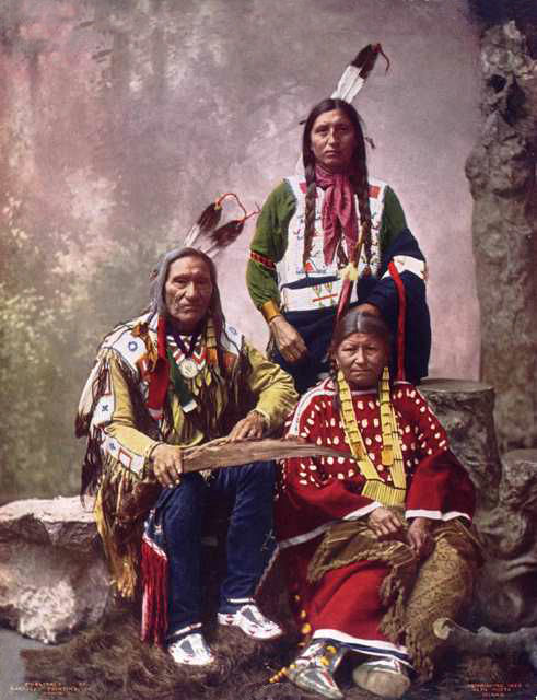 little wound aka ta oop che ka oglala sioux chief with wife and son 1899 colorized. Black Bedroom Furniture Sets. Home Design Ideas