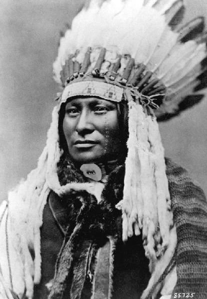An old photograph of Rain In The Face - Hunkpapa [B].