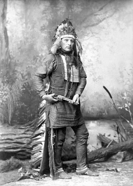 An old photograph of Red Shirt - Oglala 1885.