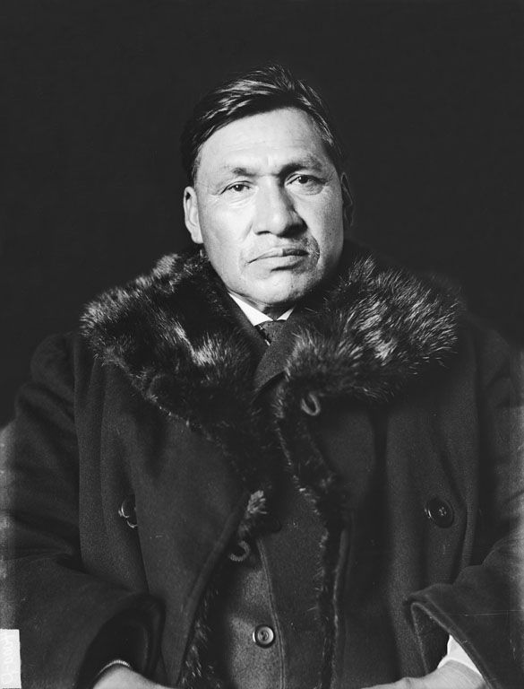 An old photograph of Red Thunder aka John Red Thunder - Sisseton 1907.