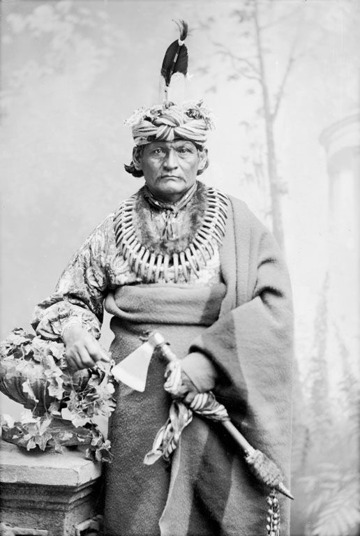 An old photograph of Standing Bear - Omaha.