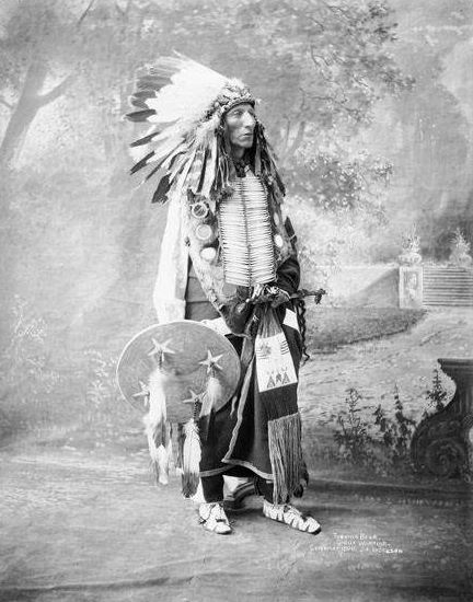 An old photograph of Turning Bear aka Mato Kawinge - Brule Sioux [B].