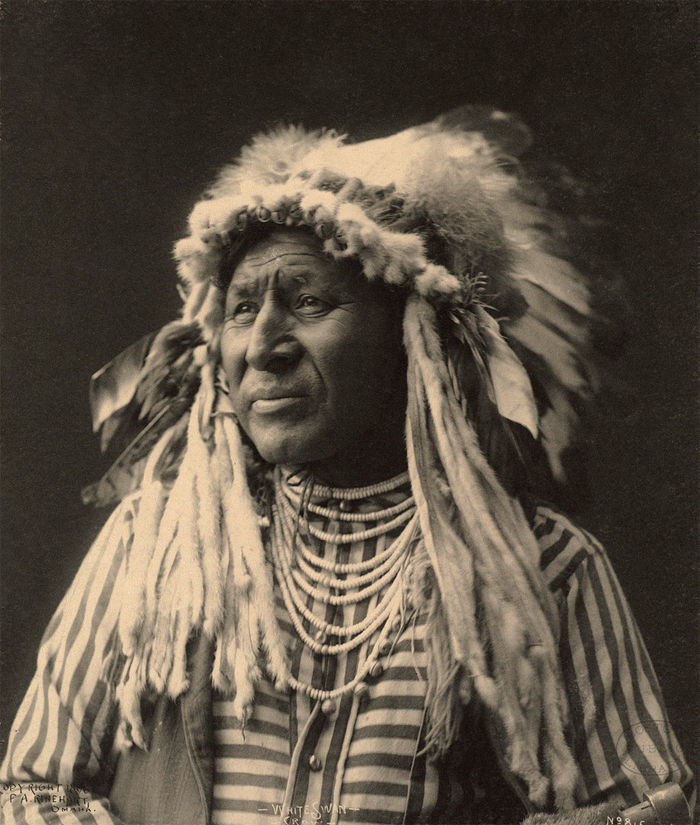 An old photograph of White Swan - Crow 1898 [A].