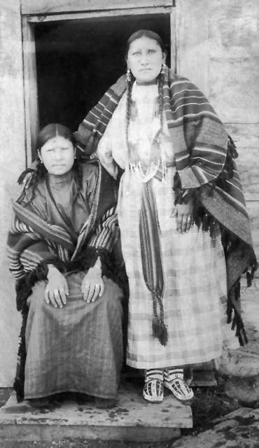 An old photograph of the Wife and Daughter of Big Elk - Southern Cheyenne 1892.