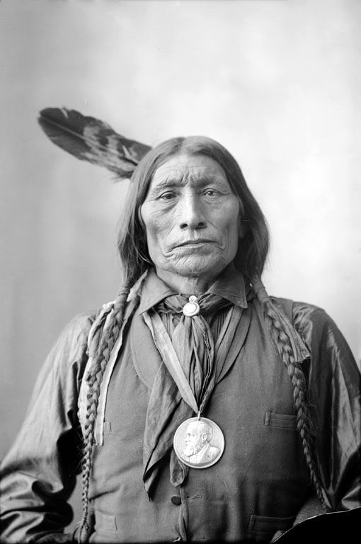 An old photograph of Wolf Robe - Southern Cheyenne 1898 [B].