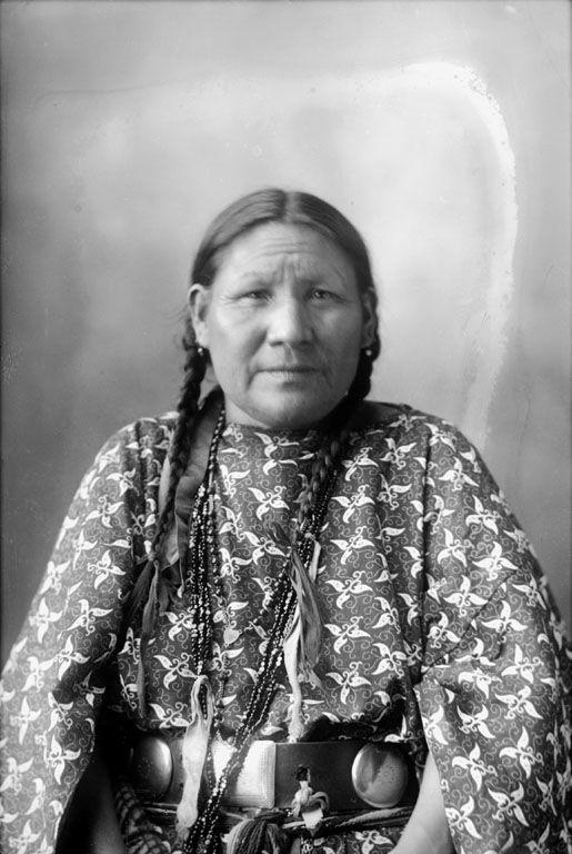Arapaho women
