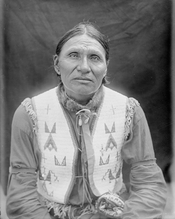 Good Voice, An American Indian of the Crow Oglala 1907.