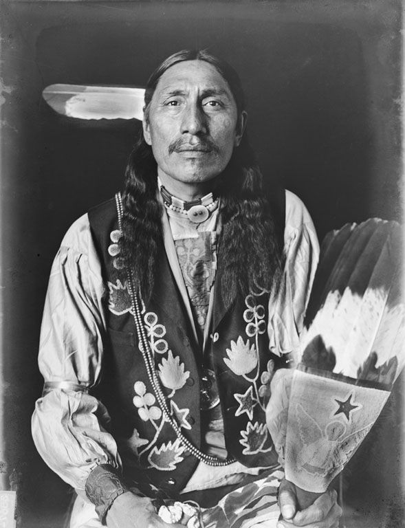 It Is Him, an American Indian of the Otoe Nation 1907.
