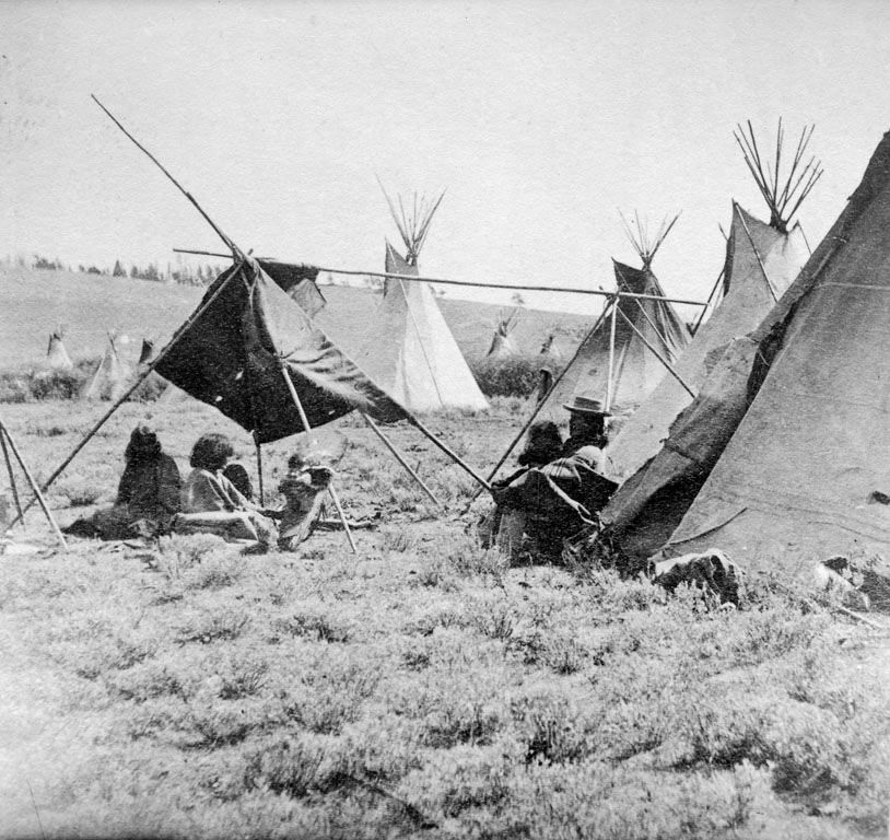 American Indians : Shoshoni Camp - 1868.