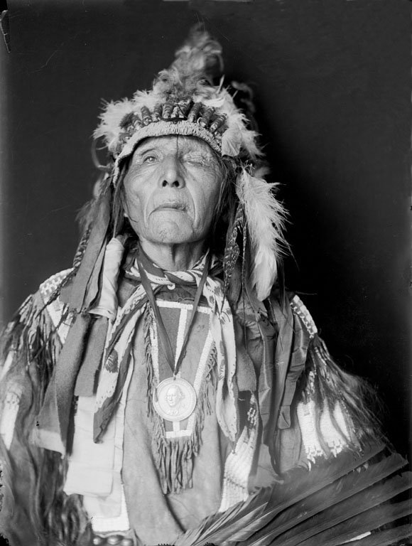 American Indians : Shot In The Eye - Oglala 1907.