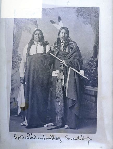 American Indians : Spotted Tail and Iron Wing - Sicangu 1880.