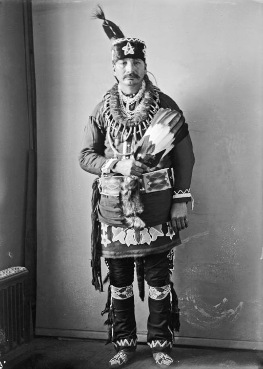 American Indians : Victor Dupee - Iowa 1900.