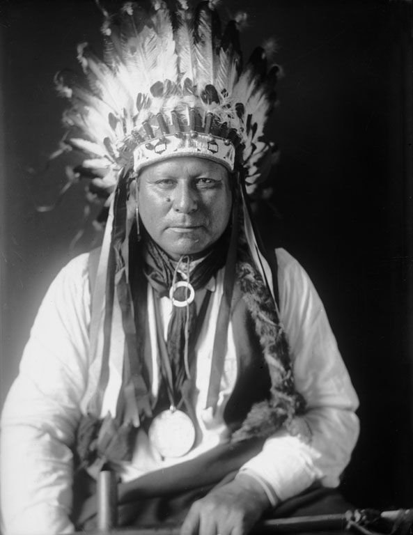 American Indians : White Shirt - Arapaho 1909.