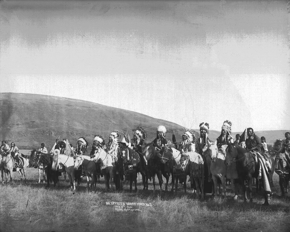 American Indians : Nez Perce Men 1906.