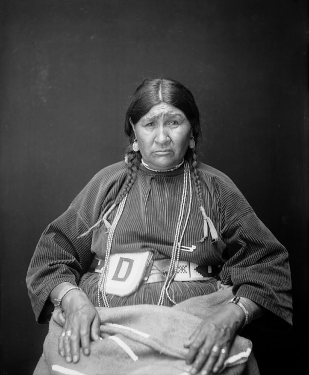 American Indians : After Water (wife of Bird Rattler) - Blackfoot 1923.